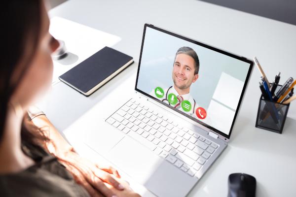 Online, távkonzultáció szakorvosokkal a Mozgáskontroll Központnál